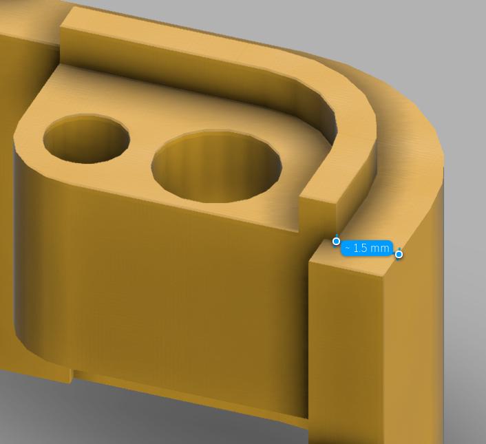 ツメはケースの外側から1.5mmオフセットして作る